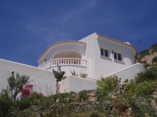 Wonderful 3 bedroom Xalo Villa with Internet Access - Xalo vacation rentals
