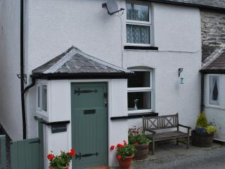 2 bedroom Cottage with Satellite Or Cable TV in Llanrwst - Llanrwst vacation rentals