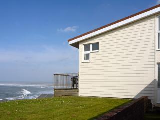 17AGoldenBayHolidaysWaterfront - Westward Ho vacation rentals