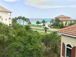 Kraken's Kastle! 5 BR/4BA in fabulous Destiny East! Gulf Views! Book Online! 10% Off on Stays from Mar 1- Apr 11! - Destin vacation rentals