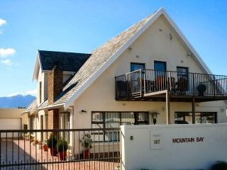 Lovely Guest house with Internet Access and Parking - Gordon's Bay vacation rentals