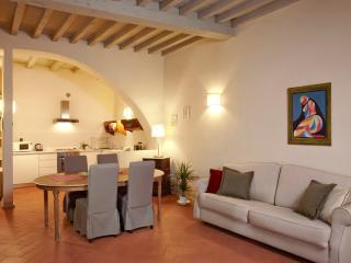 Florence Centre: BARDINO 4 - Florence vacation rentals