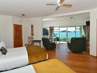 Allview Lodge B&B Suites, Absolute Waterfront - Paihia vacation rentals