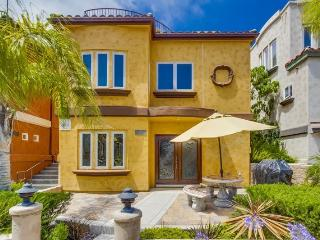 752 Devon - Mission Beach Luxury 2BR Home - San Diego vacation rentals