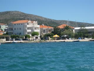 Apartment Amor with sea view - Seget Donji-Vranjic vacation rentals