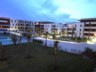 Comfortable 2 bedroom Sete Apartment with Internet Access - Sete vacation rentals