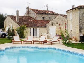 Clos Fleuri - Cognac vacation rentals
