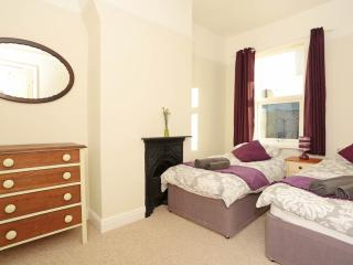 Comfortable 2 bedroom House in York with Internet Access - York vacation rentals