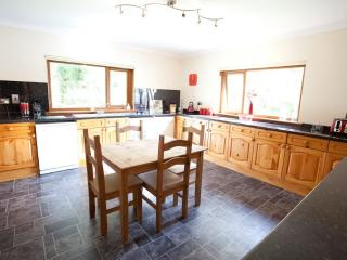 4 bedroom House with Internet Access in Fort William - Fort William vacation rentals