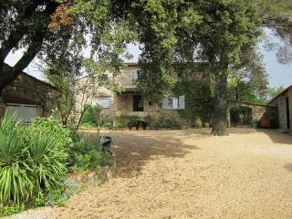 Nice Gite with Internet Access and Dishwasher - Taradeau vacation rentals
