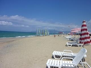 Pizzo Beach Apartment 73G - Pizzo vacation rentals