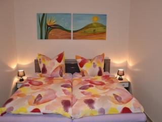 Romantic 1 bedroom Bottrop Condo with Internet Access - Bottrop vacation rentals