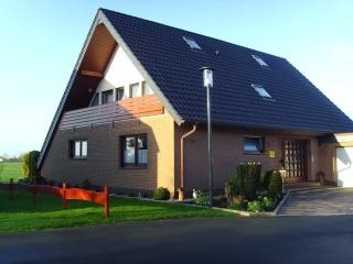 Cozy 2 bedroom Apartment in Carolinensiel - Carolinensiel vacation rentals