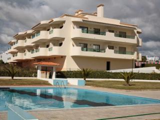 Apartamentos T1 vista mar - Santa Barbara de Nexe vacation rentals