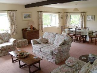 Perfect 2 bedroom Branscombe House with Washing Machine - Branscombe vacation rentals