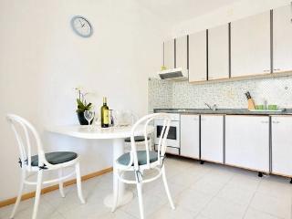 Bol Regina Apartment A2+1*** - Bol vacation rentals