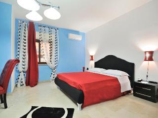 La Casa di Evita - Carini vacation rentals
