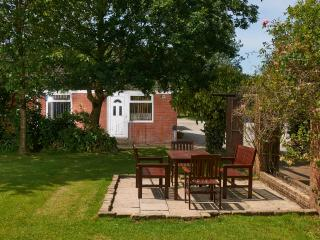 Swans Rest holiday cottages - Swallow cottage - Poulton Le Fylde vacation rentals