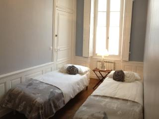 Pat & Co - Beaune vacation rentals