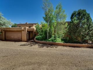 Mansion Ridge Hideaway - Near Plaza, Private 2 acers with 100 mile views... - Santa Fe vacation rentals