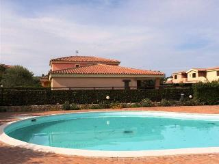 2 bedroom Condo with A/C in Olbia - Olbia vacation rentals
