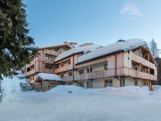 Bright 35 bedroom Zoldo Alto Resort with Internet Access - Zoldo Alto vacation rentals