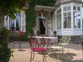 Nice 5 bedroom Villa in Morlaix with Internet Access - Morlaix vacation rentals