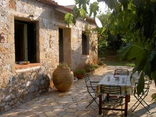 Charming 2 bedroom Stoupa Bungalow with Internet Access - Stoupa vacation rentals