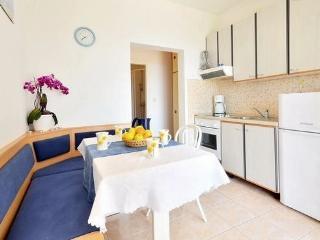 Bol Regina Apartment A4+1*** - Bol vacation rentals