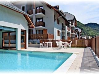 T2 avec piscine à la montagne dans les Pyrénées - Arreau vacation rentals