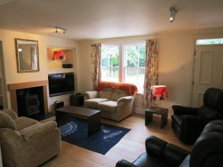 Fire Station Cottage, Comrie - family holiday - Comrie vacation rentals