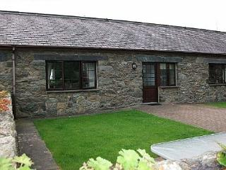 Bodhyfryd: Great Base to Explore Anglesey - 22999 - Llanfairpwllgwyngyll vacation rentals