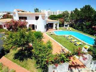 7 Bedroom Casa Das Amendoeiras - Albufeira vacation rentals