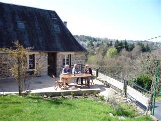 Beautiful Gite with Washing Machine and Balcony - Treignac vacation rentals