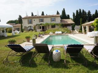 MAS CALOUN - Saint-Remy-de-Provence vacation rentals