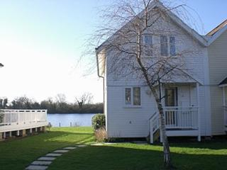Perfect Lodge with Internet Access and Television - South Cerney vacation rentals
