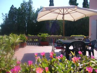 Comfortable Condo with Internet Access and Television - Treviso vacation rentals
