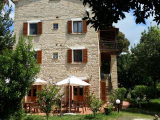 Nice B&B with Internet Access and Dishwasher - Ancona vacation rentals