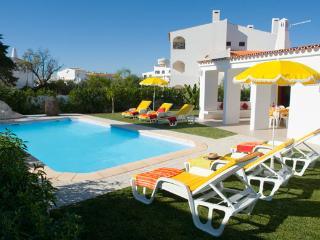 14 bedroom Villa with Internet Access in Albufeira - Albufeira vacation rentals