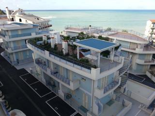 Cozy Capo D'orlando Resort rental with Internet Access - Capo D'orlando vacation rentals