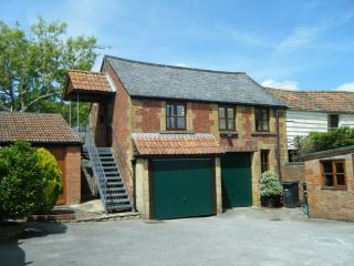 1 bed studio with heated pool - Yeovil vacation rentals