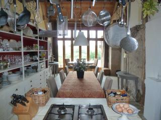Bright 1 bedroom Vacation Rental in Issy-l'Eveque - Issy-l'Eveque vacation rentals