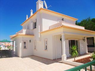 Villa Forte, Luxury 4 bedroom - Albufeira vacation rentals