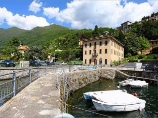 Nice 2 bedroom Faggeto Lario Condo with Outdoor Dining Area - Faggeto Lario vacation rentals
