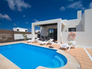 Playa Blanca 3 bedrooms Villa Flower - Playa Blanca vacation rentals