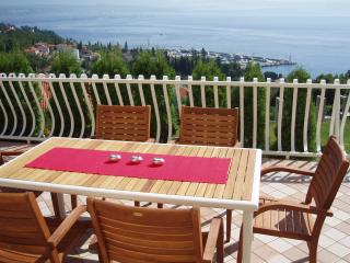 Wonderful Condo with Internet Access and Dishwasher - Opatija vacation rentals