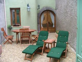 Nice 2 bedroom Townhouse in Marseillan with Internet Access - Marseillan vacation rentals
