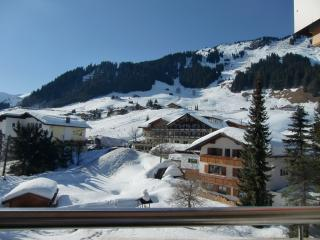 Lovely Condo with Internet Access and Wireless Internet - Mittelberg vacation rentals