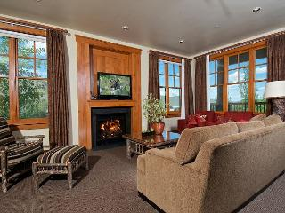 Luxury condo at Snow King with breathtaking views - Jackson vacation rentals