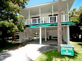 Exterior - Sandy's Getaway-122 Peppertree - Anna Maria - rentals